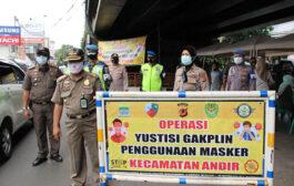 Sat Pol PP Jaring 112 Pelanggar Prokes Covid-19 di Perbatasan Kota Bandung